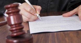 طلاق رجعی چیست و حقوق زن در طلاق رجعی به چه صورت است؟