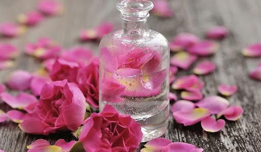 خواص گلاب چیست